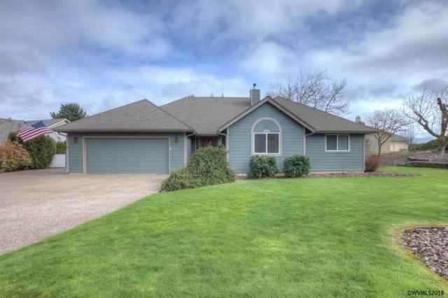 2424 SW Maplewood Dr, Dallas, OR 97338 (MLS #729306) :: HomeSmart Realty Group
