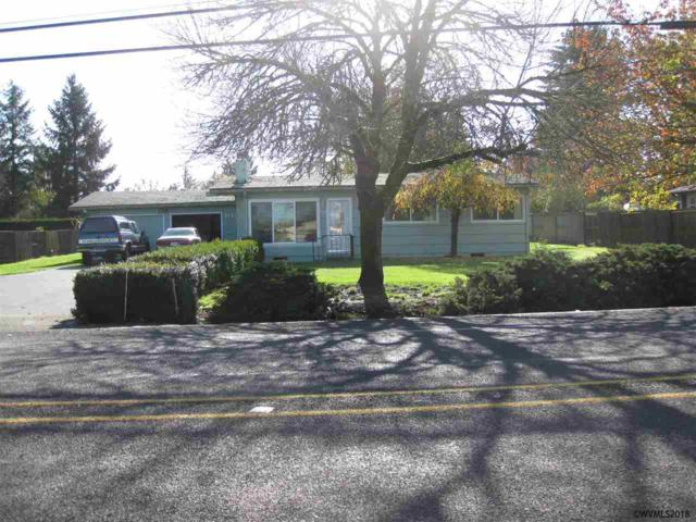 2121 E Ellendale Ave, Dallas, OR 97338 (MLS #730107) :: HomeSmart Realty Group