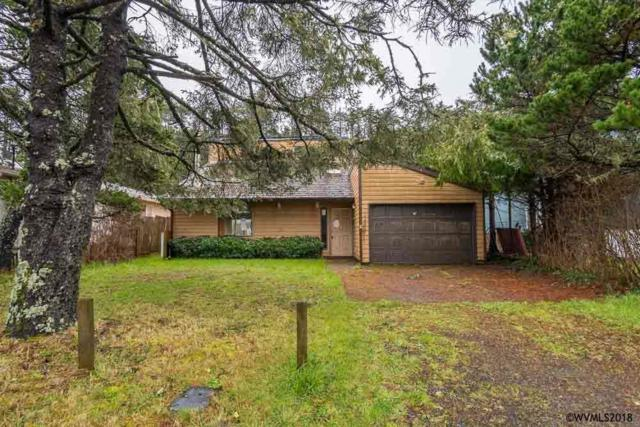 303 NW 56th St, Newport, OR 97365 (MLS #730259) :: HomeSmart Realty Group