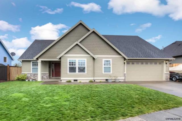1015 Hayes St, Mt Angel, OR 97362 (MLS #731578) :: HomeSmart Realty Group