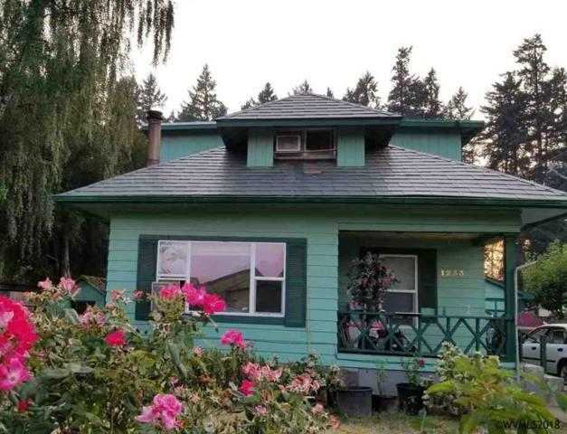 1233 Park Av, Woodburn, OR 97071 (MLS #731596) :: HomeSmart Realty Group