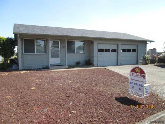 1920 W Santiam Dr, Woodburn, OR 97071 (MLS #734489) :: HomeSmart Realty Group