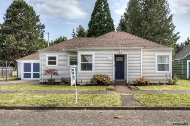461 SW Ash St, Dallas, OR 97338 (MLS #734736) :: HomeSmart Realty Group