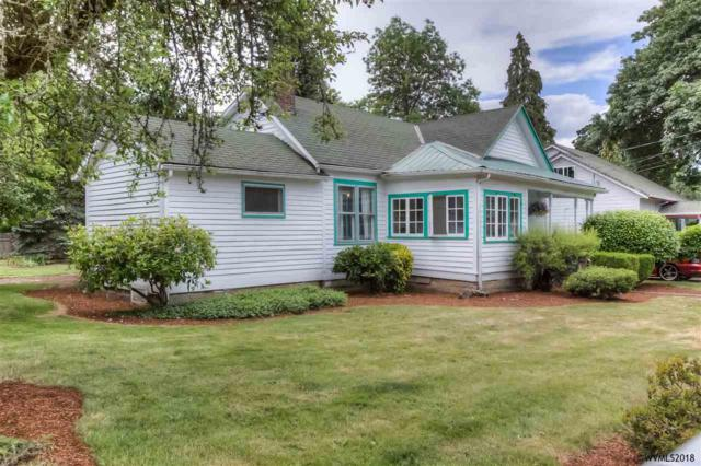 928 Madison St, Silverton, OR 97381 (MLS #734895) :: HomeSmart Realty Group