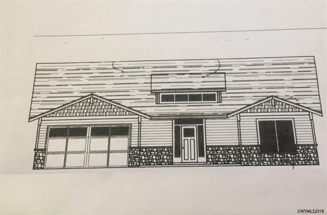 815 Riley St, Silverton, OR 97381 (MLS #736654) :: Change Realty