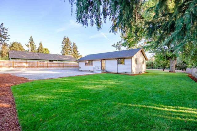 720 Main St, Molalla, OR 97038 (MLS #737381) :: Song Real Estate