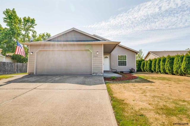 947 SW Myrtle Ct, Mcminnville, OR 97128 (MLS #737533) :: HomeSmart Realty Group