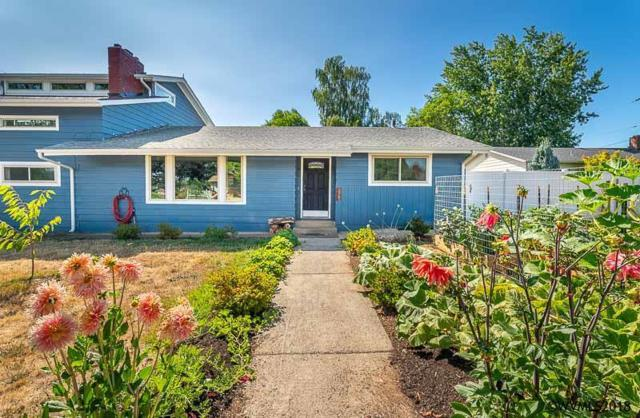 117 NW Hillcrest Dr, Dallas, OR 97338 (MLS #738215) :: HomeSmart Realty Group