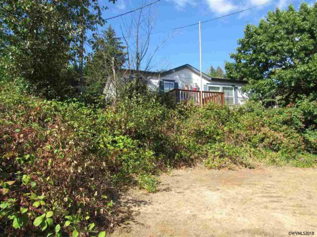 324 NE 4th Av, Mill City, OR 97360 (MLS #738745) :: HomeSmart Realty Group