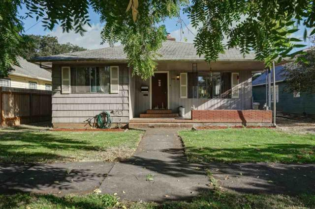 358 SW Court St, Dallas, OR 97338 (MLS #739323) :: HomeSmart Realty Group