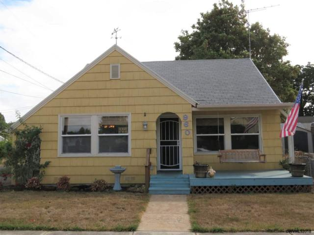 960 SE Lewis St, Dallas, OR 97338 (MLS #739353) :: HomeSmart Realty Group