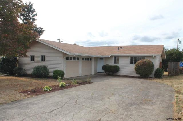 233 NW Hillcrest Dr, Dallas, OR 97338 (MLS #739426) :: Song Real Estate