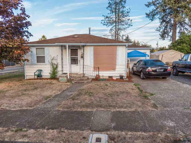 435 7th Av, Sweet Home, OR 97386 (MLS #740214) :: Gregory Home Team