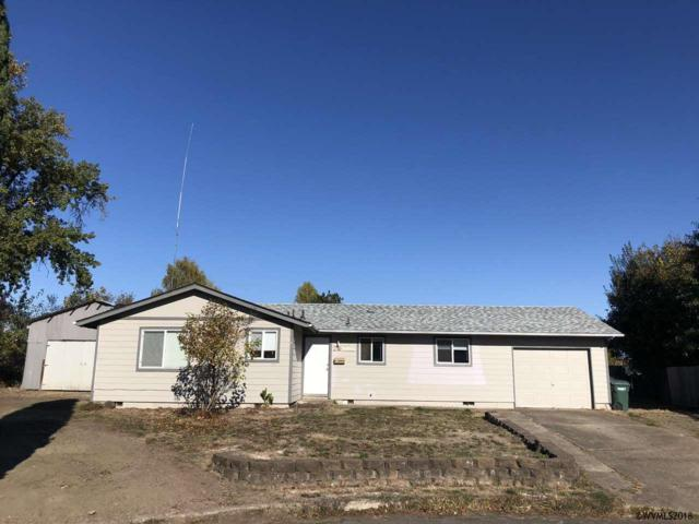 28 Maple Ct, Independence, OR 97351 (MLS #740720) :: HomeSmart Realty Group