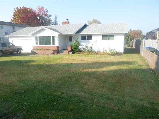 839 45TH Av NE, Salem, OR 97301 (MLS #740902) :: HomeSmart Realty Group