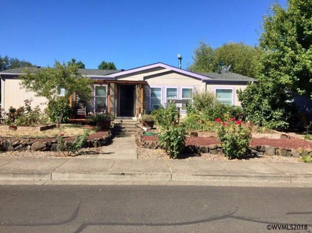 1963 SE Gregory St, Dallas, OR 97338 (MLS #741158) :: HomeSmart Realty Group