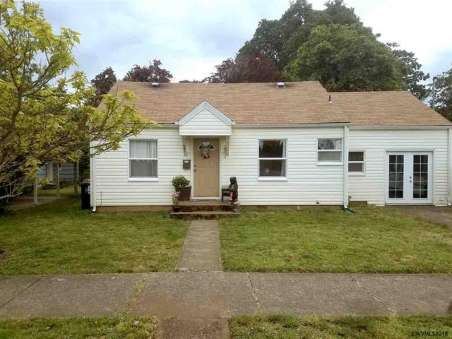 631 SW Robb St, Dallas, OR 97338 (MLS #741222) :: HomeSmart Realty Group