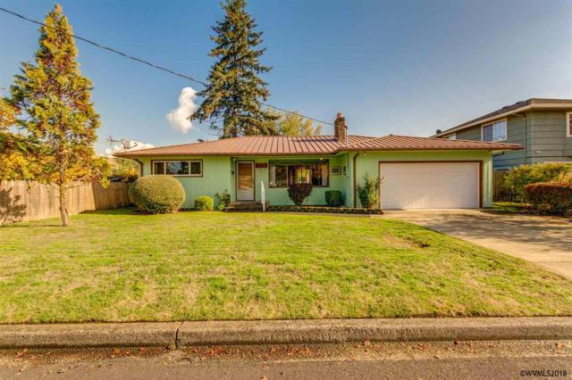 1746 NW Birch St, Mcminnville, OR 97128 (MLS #742605) :: HomeSmart Realty Group