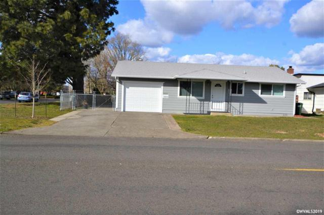 2333 W Hayes St, Woodburn, OR 97071 (MLS #745919) :: HomeSmart Realty Group