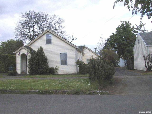 1140 SE Lewis St, Dallas, OR 97338 (MLS #745941) :: Territory Home Group