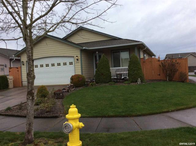 3981 Somerset Dr NE, Albany, OR 97322 (MLS #746240) :: Gregory Home Team