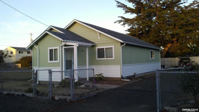 865 N Bay St, Waldport, OR 97394 (MLS #747576) :: Matin Real Estate Group