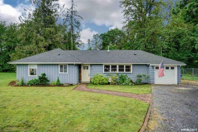 633 SW Parkside Dr, Mill City, OR 97360 (MLS #749264) :: Gregory Home Team