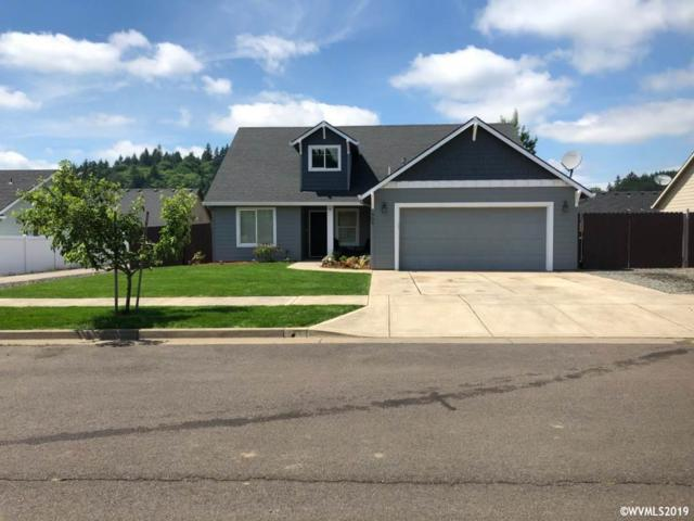 909 Riley Dr, Silverton, OR 97381 (MLS #751052) :: Gregory Home Team