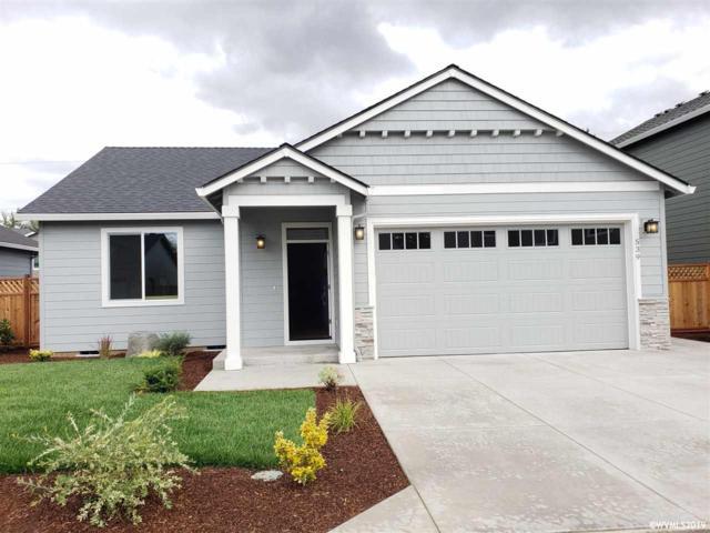 539 Red Cedar Ln NE, Salem, OR 97301 (MLS #753084) :: Hildebrand Real Estate Group