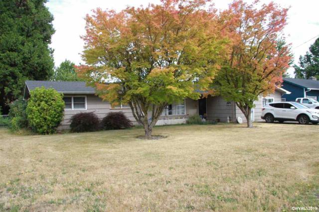 630 36th Av NE, Salem, OR 97301 (MLS #753175) :: Hildebrand Real Estate Group