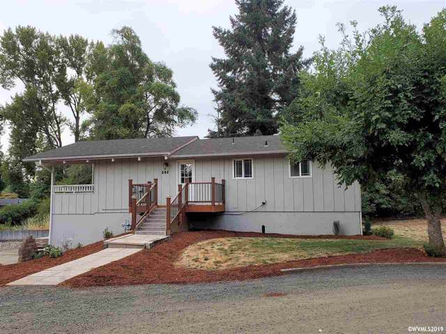 292 SE Academy, Dallas, OR 97338 (MLS #753959) :: Change Realty
