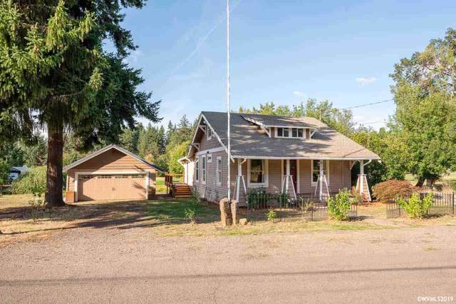 620 1st St, Scotts Mills, OR 97375 (MLS #754988) :: Song Real Estate