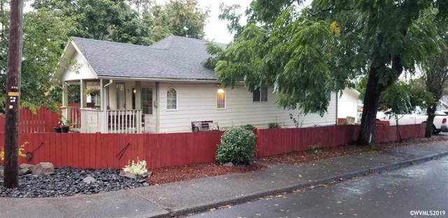 1488 SW 10th St, Dallas, OR 97338 (MLS #755214) :: Hildebrand Real Estate Group