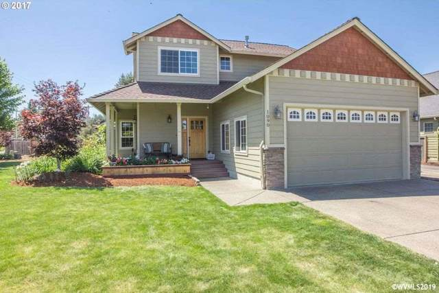 1090 Sage St, Silverton, OR 97381 (MLS #756041) :: Gregory Home Team