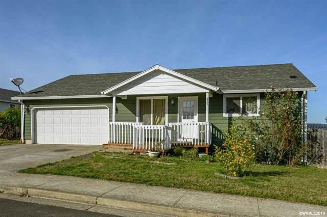 625 N 1st St, Carlton, OR 97111 (MLS #756374) :: Hildebrand Real Estate Group