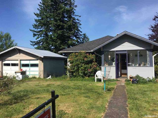 305 SE Elder St, Toledo, OR 97391 (MLS #757303) :: Change Realty