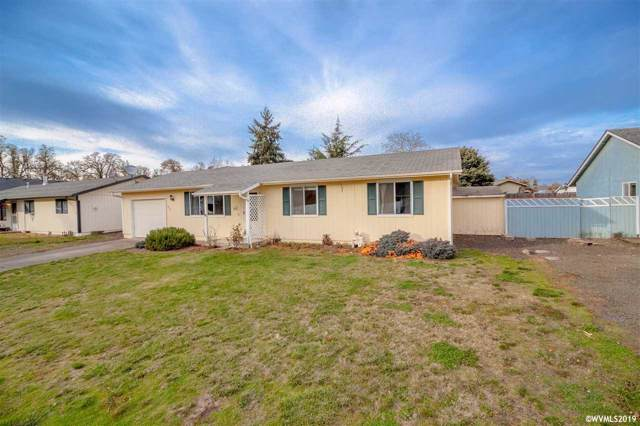 636 SW Natalie St, Dallas, OR 97338 (MLS #757418) :: Gregory Home Team