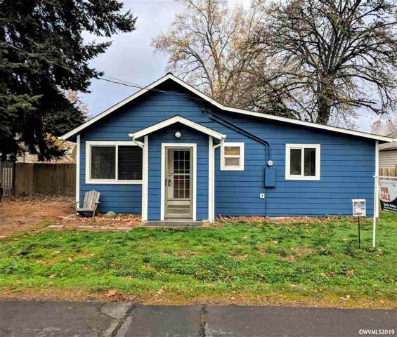 555 SE Morgan Ln, Mcminnville, OR 97128 (MLS #757618) :: Sue Long Realty Group