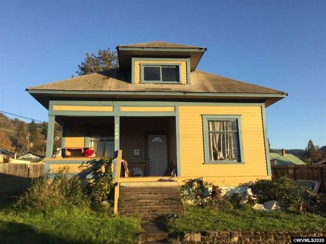 1703 SE Jackson St, Roseburg, OR 97470 (MLS #758909) :: Gregory Home Team