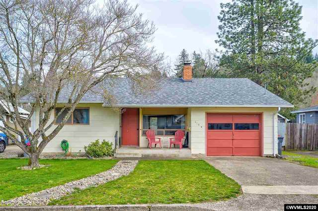 419 S 2nd St, Silverton, OR 97381 (MLS #760436) :: Sue Long Realty Group