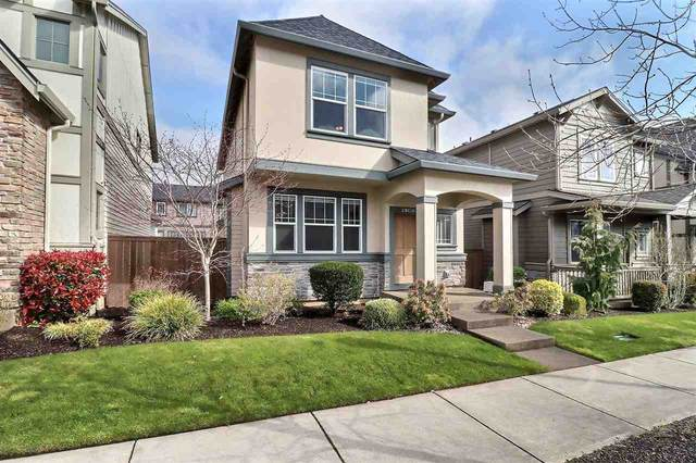 29038 SW Costa Cir, Wilsonville, OR 97070 (MLS #761934) :: Matin Real Estate Group