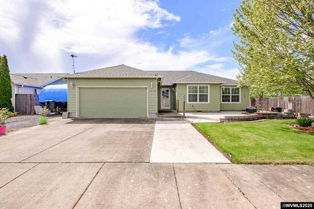 1238 46th Ct, Sweet Home, OR 97386 (MLS #762786) :: Gregory Home Team