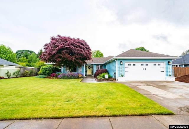 1468 E Burnett St, Stayton, OR 97383 (MLS #763398) :: Hildebrand Real Estate Group