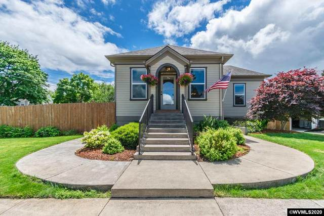 386 E Ash St, Lebanon, OR 97355 (MLS #763829) :: Song Real Estate