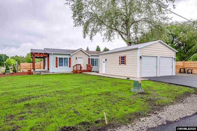 319 Charlotte St NE, Albany, OR 97322 (MLS #763838) :: Hildebrand Real Estate Group