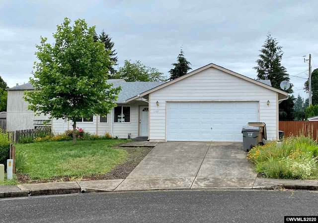 1132 28th Ct, Sweet Home, OR 97386 (MLS #764625) :: Gregory Home Team