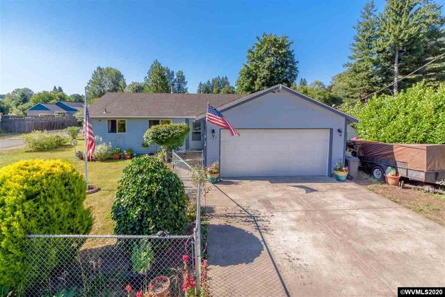 137 S Main St, Falls City, OR 97344 (MLS #765742) :: Sue Long Realty Group