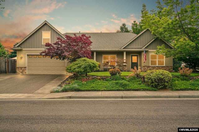 704 NW Ashley St, Dallas, OR 97338 (MLS #765774) :: Coho Realty