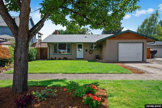 1130 SW Hayter St, Dallas, OR 97338 (MLS #766751) :: Gregory Home Team