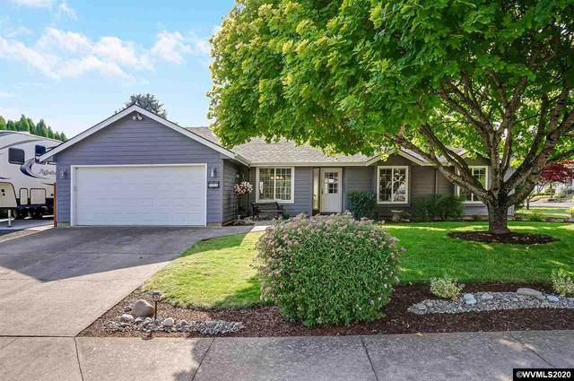317 NW Hillcrest Dr, Dallas, OR 97338 (MLS #766783) :: Coho Realty